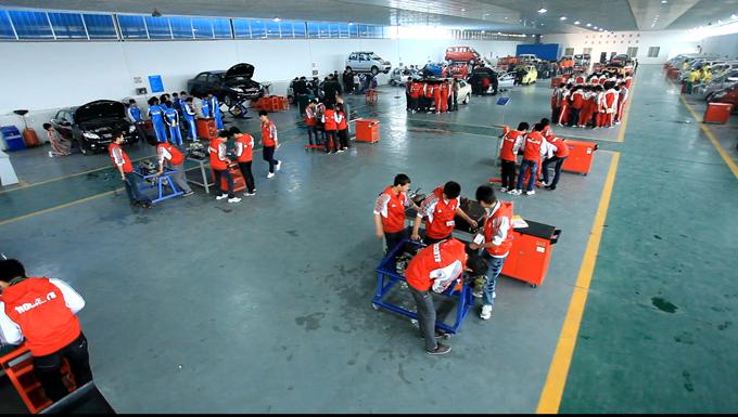 汽车底盘构造与维修,汽车电气设备构造与维修,汽车故障检测与维修技术