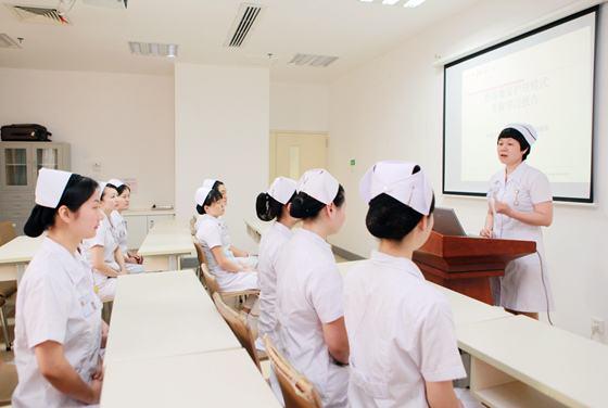四川护理职业学院好不好