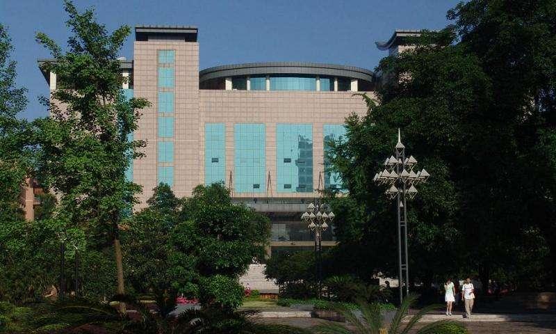 重庆医科大学护理学院校园一角